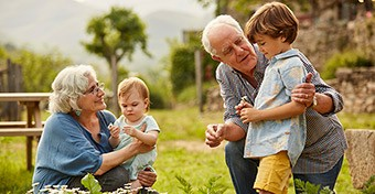 Az unokáink egészségére is kihat, mennyire élünk egészségesen