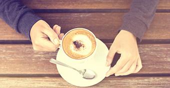 A kávé megvéd az elbutulástól