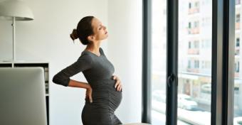 Tippek, amelyekkel enyhítheted a terhességi isiászodat