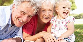 A jó nagyszülő-gyerek kapcsolat pozitív hatásai
