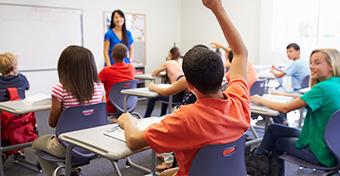 Mondjuk ki: van nemi megkülönböztetés az iskolákban