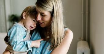 Mikor kezd mondatokban beszélni a gyerek?