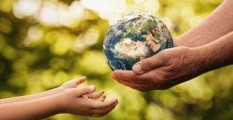 Így beszéljünk a gyerekkel a klímaváltozásról úgy, hogy ne szorongjon