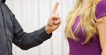Párkapcsolati erőszak: neked mi nem fér bele?