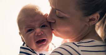 hasfájás tünetei csecsemőknél