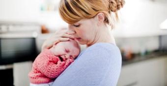 Ha furcsán viselkedik a baba