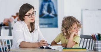 A 20 év alatti anyák gyermekeinél nagyobb az ADHD rizikója