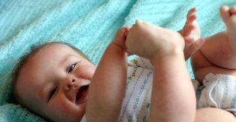 Mikor kezd el gőgicsélni a baba?
