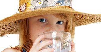 Éltető víz, lédús gyümölcs