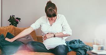 Ezek a legnépszerűbb elméletek arról, mi indítja be a szülést