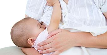 Mit mond a tudomány a szoptatásról?