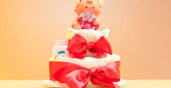 Pelenkatorta: a leghasznosabb ajándék kismamáknak
