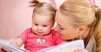 A babának is olvasni kell mesét