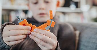 Két évig volt az orrában egy Lego-darab, mielőtt kiesett - a szülei sokkot kaptak