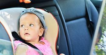 Ne hagyd az autóban! - figyelmeztet az új gyerekülés