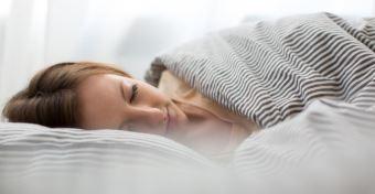 7 dolog, amit muszáj kerülni elalvás előtt