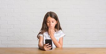 Ezért válik sok gyerek az online térben zaklatás áldozatává