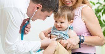 Mit vizsgál az orvos a kétéveseknél?