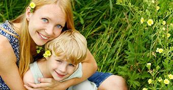 A szeretet hosszú távú hatása a gyereknevelésben