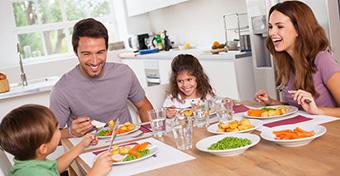Egyél együtt a gyerekkel - ez is segít megelőzni a gyermekkori elhízást