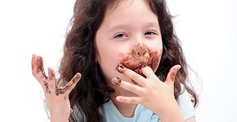 Ezért tesz jót a csoki, ha köhögsz