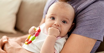 Fogzás: így segíthetsz a babának