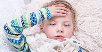 Kawasaki-szindróma: tünetek és kezelés gyerekeknél
