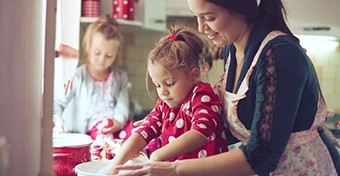 Kreatív karácsonyi sütik - amiket a gyerekekkel is elkészíthetsz