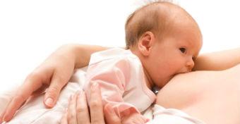 Fed is best: az a fontos, hogy ne száradjon ki és ne éhezzen a baba