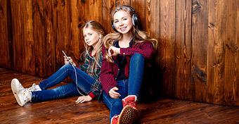 Így károsíthatja az okostelefon a hallásunkat