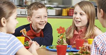 Top 10 tanács, hogy a gyerek egészségesen táplálkozzon
