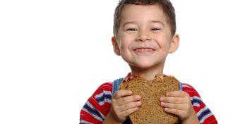 A vitamindús kenyérhéj és hasonló népi hiedelmek