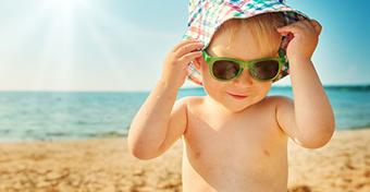 Így védd a bőröd zöldséggel napozás közben