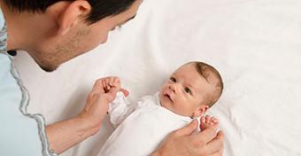 Az apa legalább annyira fontos a gyermek fejlődésében, mint az anya