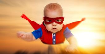 Csecsemőkorunktól vonzódunk a szuperhősökhöz