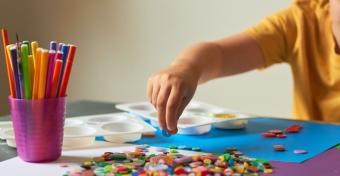 Így fejlődhet jól a gyerek kézügyessége