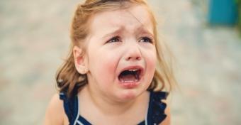 Így segíthetsz leküzdeni a gyerekednek a szeparációs szorongást