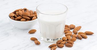 Ihat-e növényi tejet a gyerek?