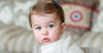 Cuki fotósorozattal ünnepel a hercegnő