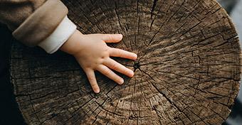 Ha jól fejlődik a tapintásérzék, kap egy biztonságos burkot a gyerek