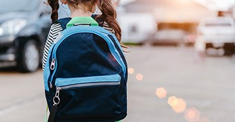 A járvány miatt online is beírathatók a gyerekek az általános iskolákba