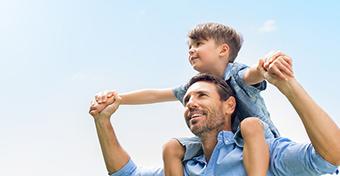 Miért kellene diákhitel-kedvezmény az apáknak?