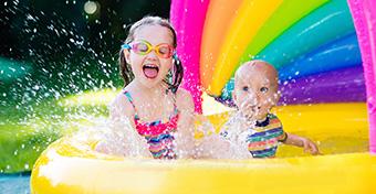 6+1 tipp: Így védd a gyermeked a kánikulában!
