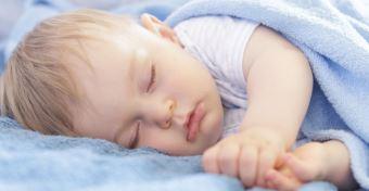Így támogatja az alvás a nyelvi fejlődést