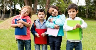 Óvodából iskolába: hogyan segíthetjük a gyermekünket?