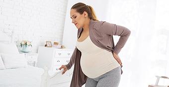 Hátfájás a terhesség alatt: ez segíthet