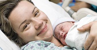 Utolsó fájdalmak, első kortyok - A lepényi szak és az első szoptatás