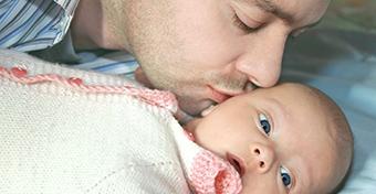 Az  újszülött látásfejlődése - pótolhatatlan ingerek