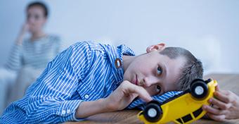 Asperger-szindróma: tünetek és kezelés