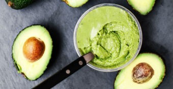 Így add az avokádót a babádnak